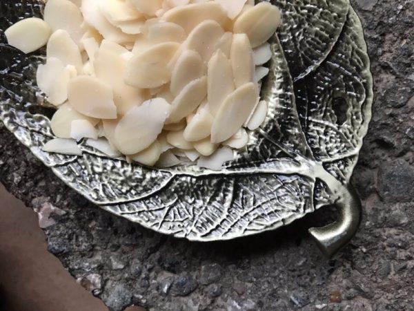 Травяной чай лепестки миндаля купить в Перми